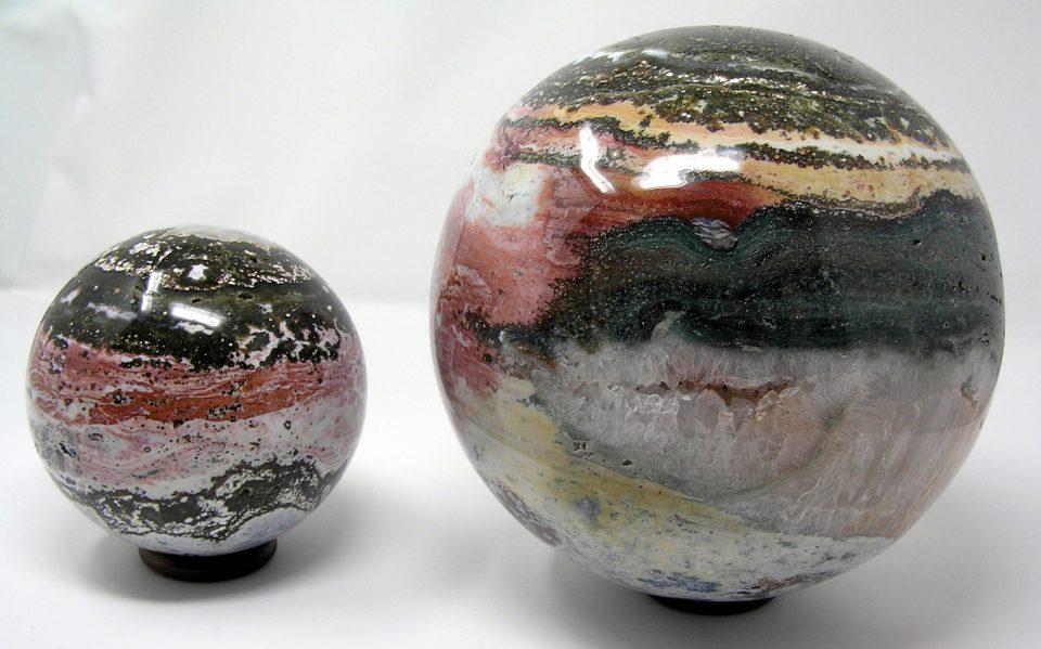 Stunning Agatised Jasper Spheres